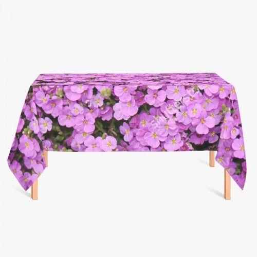 Tafelkleed Paarse bloemen | Fleur je keuken op met dit weerbestendige tafelkleed bestaande uit geweven linnen met PVC.   #tafelkleed #keukentextiel #keuken #kleed #pvc #print #opdruk #tafel #weerbestendig #bloemen #bloem #paars #natuur