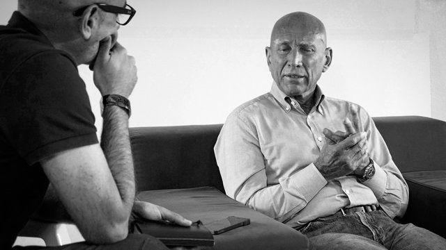 El fotógrafo brasileño Sebastiao Salgado ha sido el plato fuerte de la última edición de Fotogenio, que se celebró el pasado fin de semana en Mazarrón. Quesabesde tuvo la oportunidad de charlar con él para saber cómo trabaja, siente y entiende la fotografía.