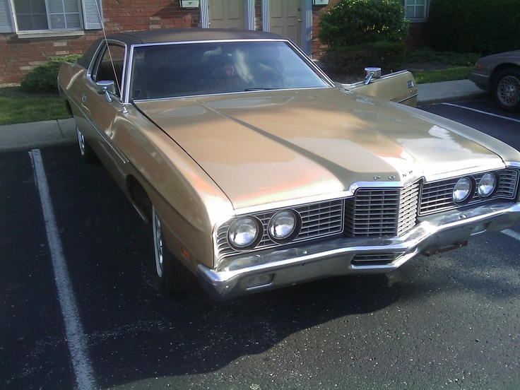 My 1972 Ford Galaxie 500 . I named the big boat  Ernest. sounds like an old manu0027s name. & 15 best 1972 Ford Galaxie images on Pinterest | Ford galaxie Cars ... markmcfarlin.com
