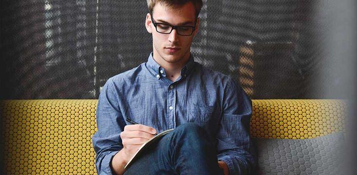Tu atención la captan las imágenes, pero la decisión depende del pie de foto. De este modo se han desarrollado las técnicas de la escritura persuasiva.