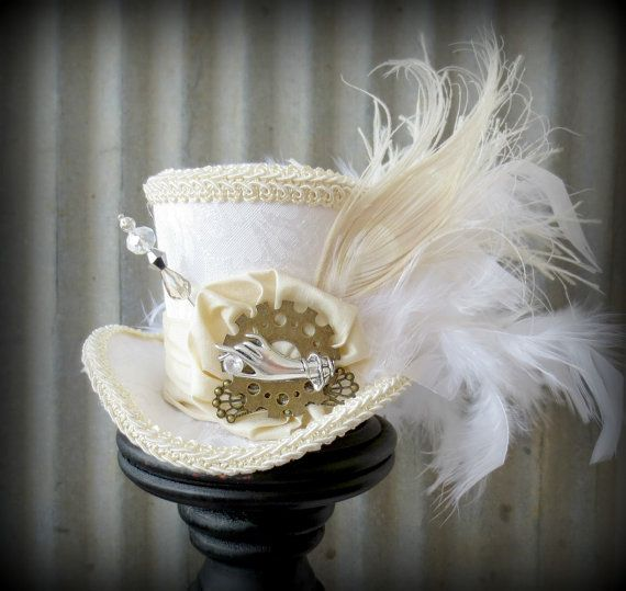 Alice In Wonderland Wedding Cakes