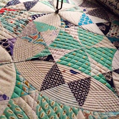 My Quilt Diet...: Chic Country Quilt & NMQG Color Challenge UPDATE