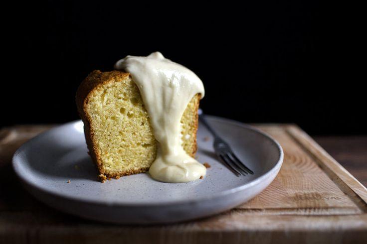 THE YOGURANGE BUTTERCREAM SAUCE AND POUND CAKE