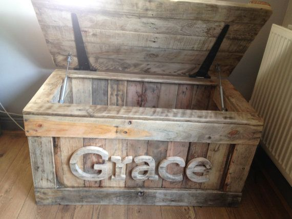 Personalised Toy Box from Reclaimed Wood and Heart Lid by TyHapus & Best 25+ Personalised toy box ideas on Pinterest | Toy boxes ... Aboutintivar.Com