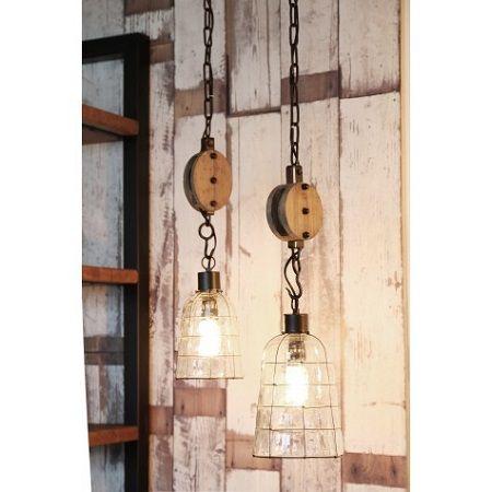 Hanglamp met hout katrol / Leuk voor in de tuin!