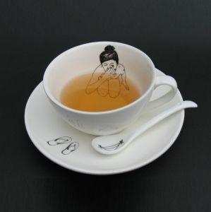 bathing tea cup