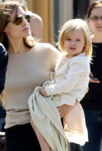 Angelina Jolie with her daughter Vivienne Marcheline Jolie-Pitt