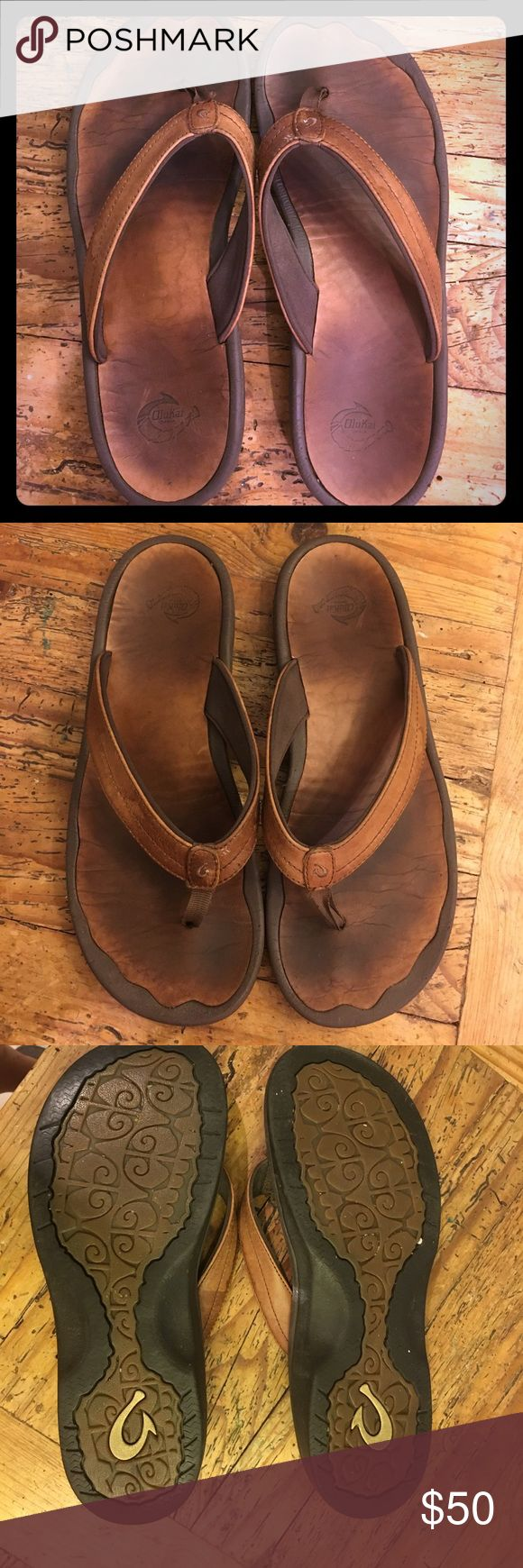 Womens brown leather Olukai sandals 9/39 These are a beautiful pair of Okukai brown leather sandals. Haven't worn too much but super comfortable! Size 9/39 OluKai Shoes Sandals