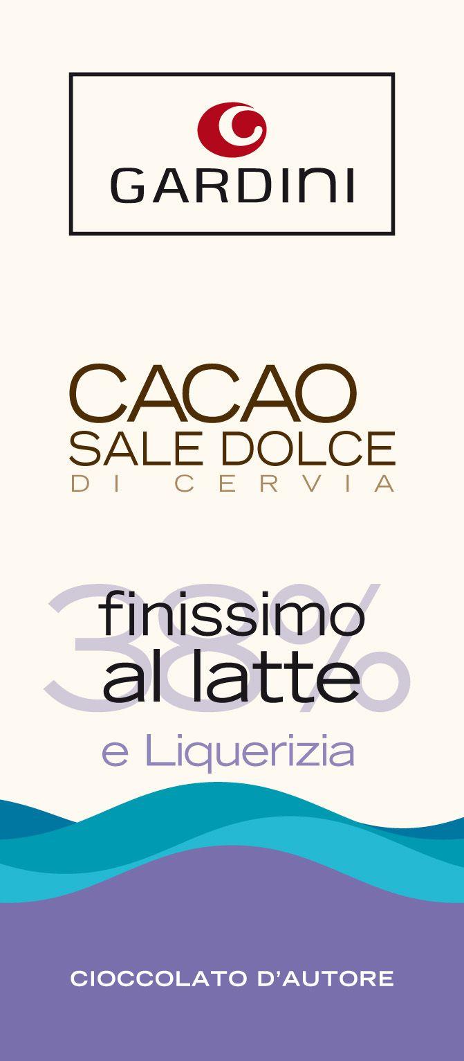 Mjölkchoklad med havssalt och lakrits passar utmärkt till goda drycker. Läs mer om dem här: http://beriksson.net/vara-varumarken/gardini #choklad #gourmet #italienskchoklad #Gardini