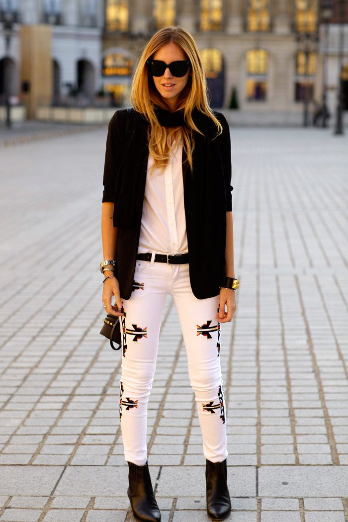 With printed jeans, please. #fashionweek #streetstyle #LFW