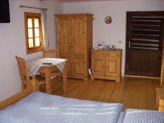 Vybavení pokojů pro Penzion u Rybníka
