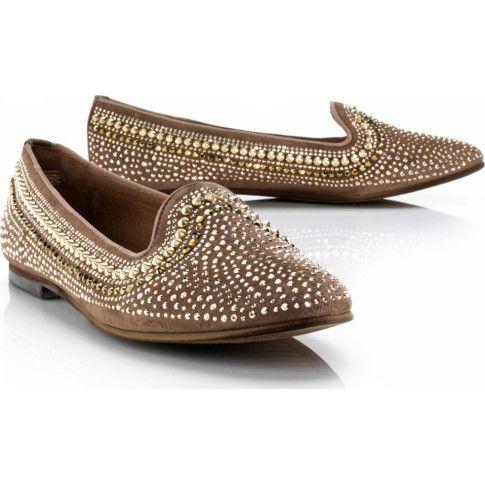 Slipper mit Nieten | Halbschuhe | Schuhe | Damen | Impressionen DE >> Schnäppchen geschossen - wie aus 1001 Nacht! #sale #1001nacht