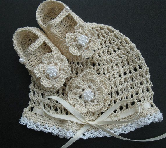 Hey, I found this really awesome Etsy listing at https://www.etsy.com/listing/166217635/crocheted-newborn-baby-bonnet-and-crib