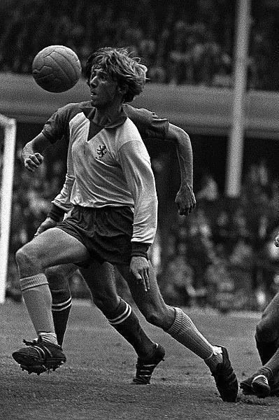 Ian Chico Hamilton Aston Villa 1972