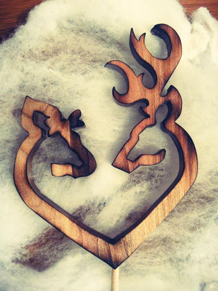 Country Rustic Shabby Browning Deer Couple Heart Wood