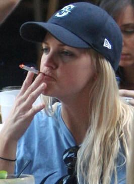 Anna Faris   Cigarettes (cigars) - and people that are ...