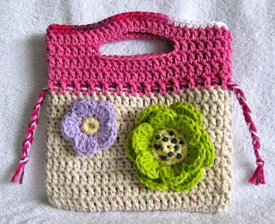 Yarn Over Mo: Little Floral Purse - FREE PATTERN