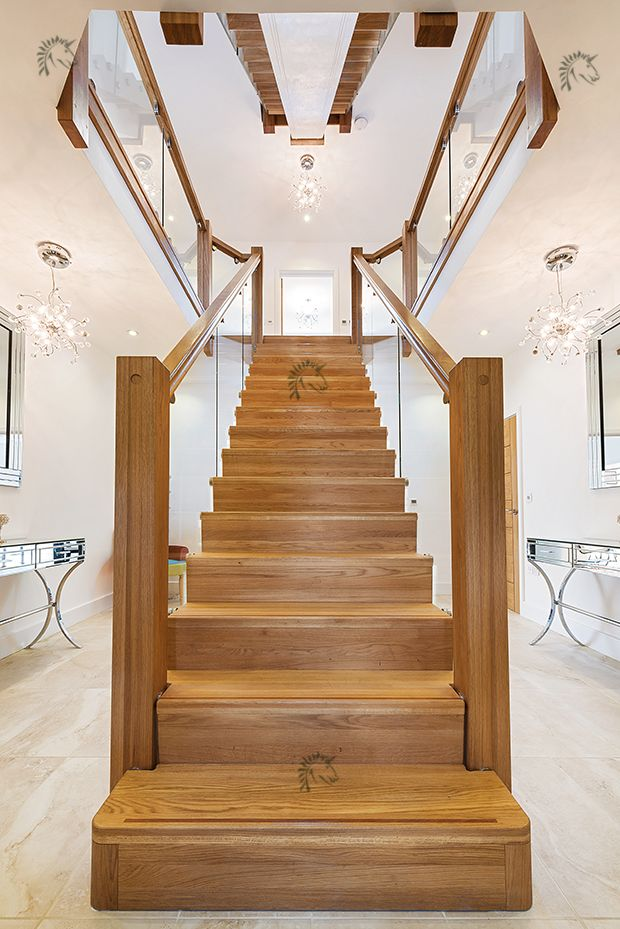 Best Central Feature Oak Staircase Glass Balustrades To Both 640 x 480