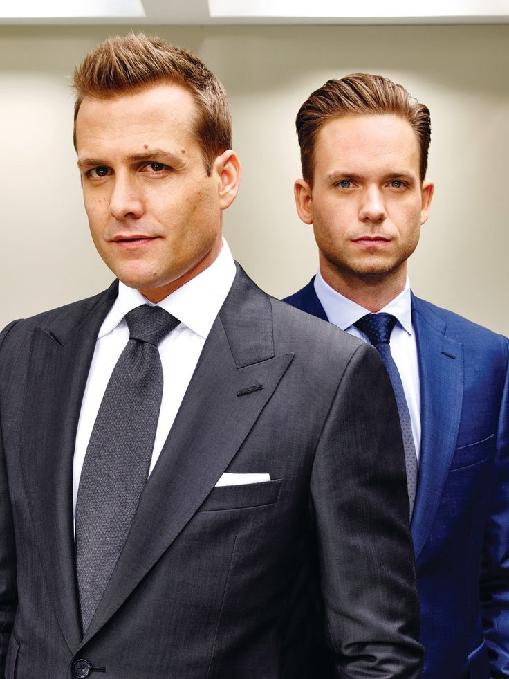 "In last August's cliffhanger summer finale of USA legal drama ""Suits,"" brilliant faux lawyer Mike Ross (Patrick J. Adams) was arrested by the feds and frogmarched off in handcuffs — while his mento..."