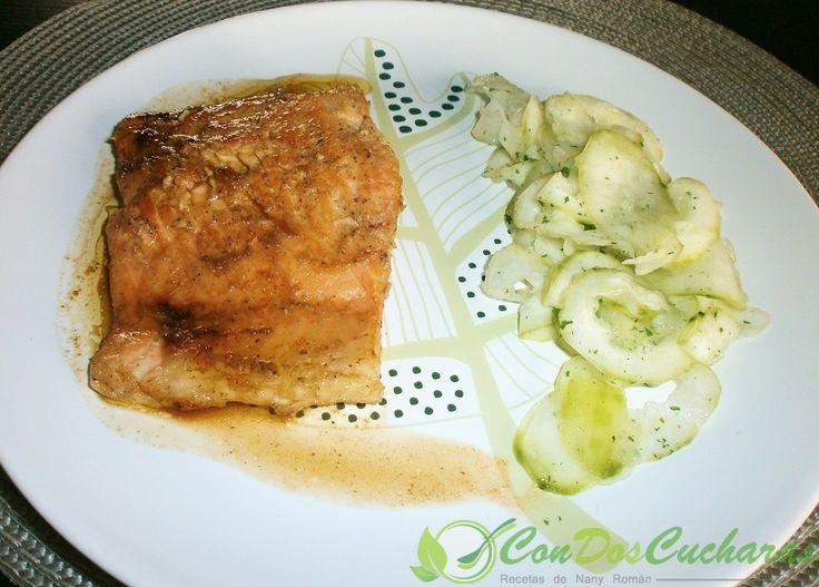 Receta de salmon glaseado al bourbon | ConDosCucharas.com
