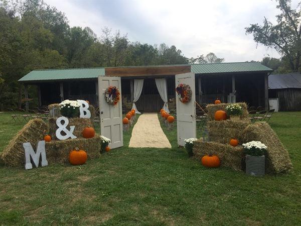 Little Tennessee Event Farm Chesapeake Oh Wedding Venue Creative Wedding Venues Tennessee Wedding Venues Canadian Wedding Venues
