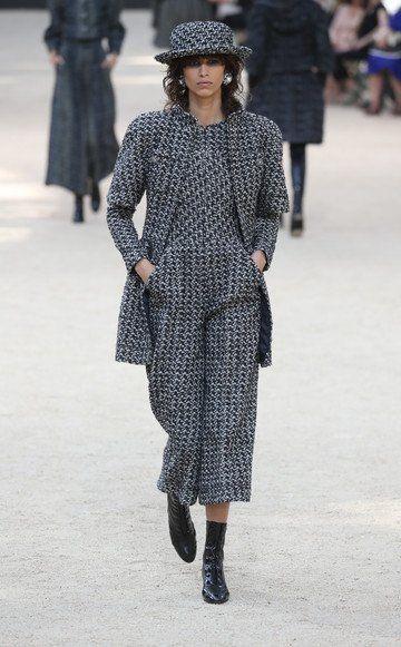 5 dinge die du ber die chanel haute couture show wissen for Haute kuki und die markise