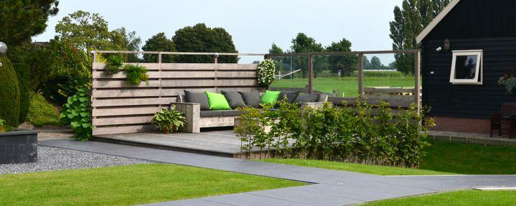 17 best images about onze tuinen on pinterest amsterdam met and bonsai - Terras beschut ...