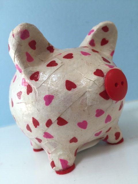 Corazones rosados y rojos Decoupage Piggy Bank