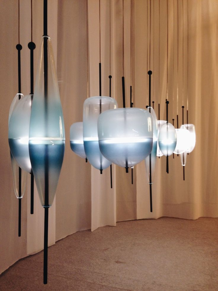 Flow(t) blown glass chandeliers by Nao Tamuraconceived for Wonderglass