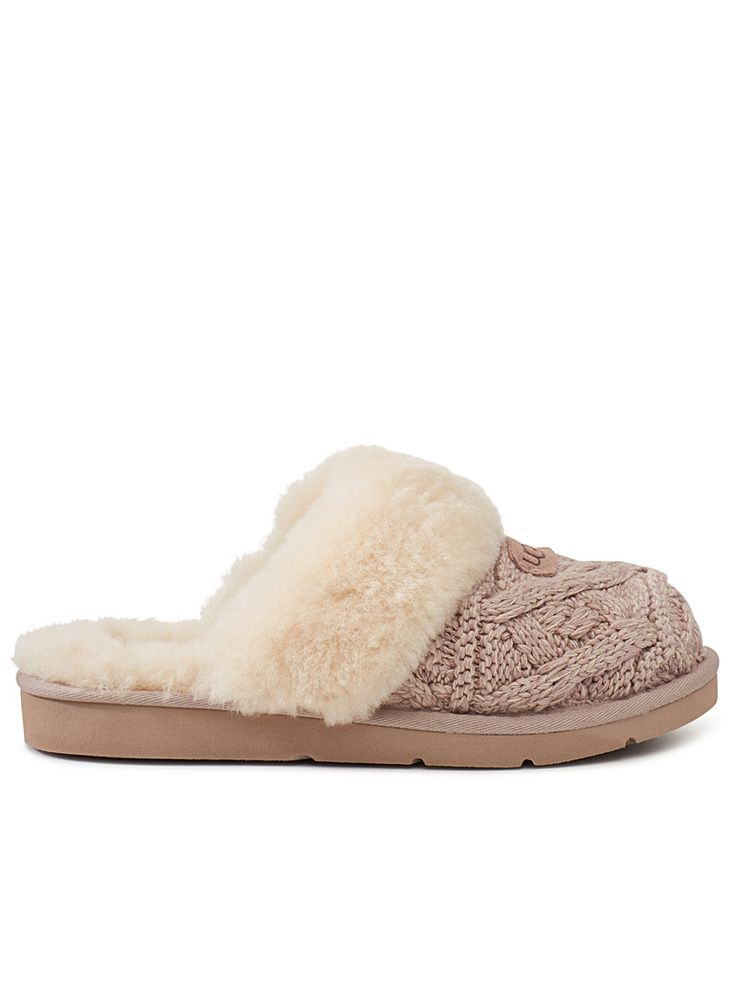 Cozy Cable slippers | UGG | Shop Women's Slippers Online | Simons