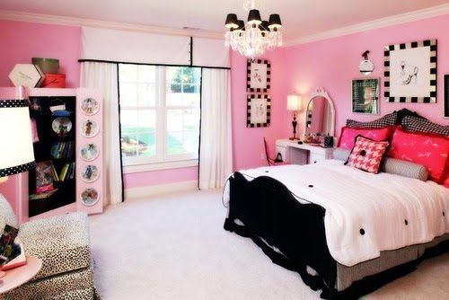 pink and black.. Maddys colors