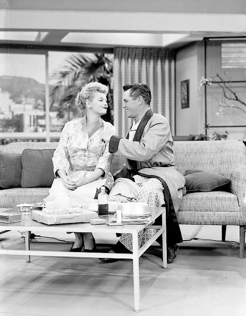 I Love Lucy Bathroom Accessories Lucille Ball And Desi Arnaz Hy On The Set Of U201ci Lucyu201d