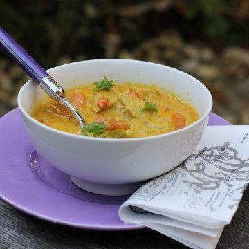 Currysoppa med rotfrukter och quorn