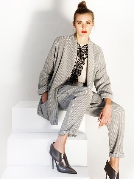 Transeasonal black&white suit / pleat pants / cardigan jacket