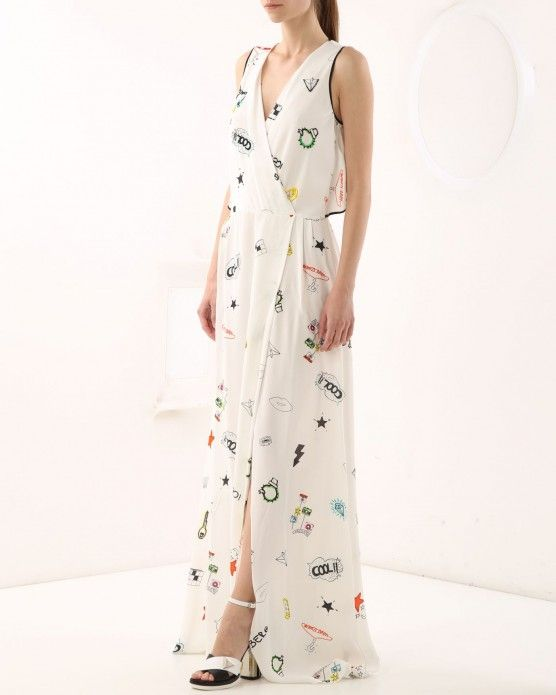 Long dress with comic illustrations Iceberg  #Iceberg #comic #fashion #style #stylish #love #socialenvy #me #cute #photooftheday #beauty #beautiful #instagood #instafashion #pretty #girl
