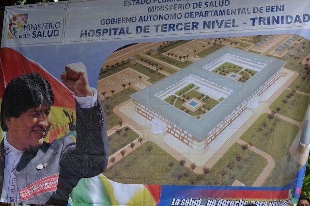 #Bolivia Informa: #Beni: #Evo entrega ambulancias y contrato para hospital de 3er nivel - #Salud #Inversión