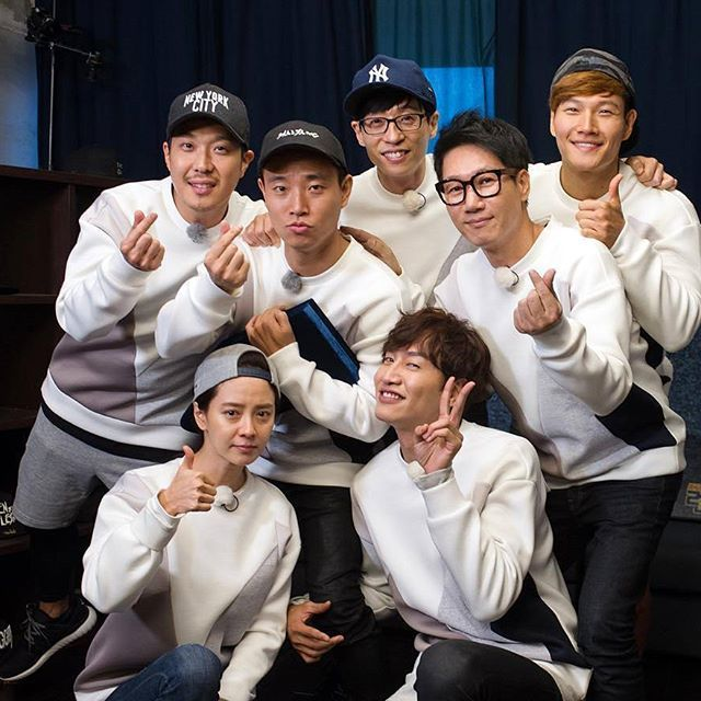Last photo(?) of Running Man with 7 members. Starting ep 325, Running Man would continue with 6 members and Kang Gary would focus on his music career!