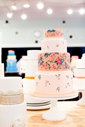 Floral print wedding cake. I always say if it looks like an old couch I WILL love it. This is wonderful.