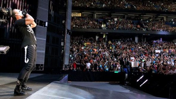 Sting Wrestles First Match on WWE Raw (Video)