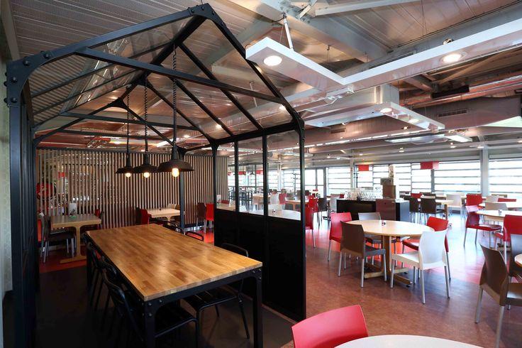 structure vintage industriel - mobilier restaurant d'entreprise - mobilier restauration