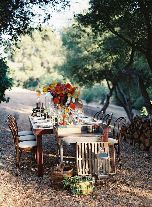 Arreglos florales para mesa de campo
