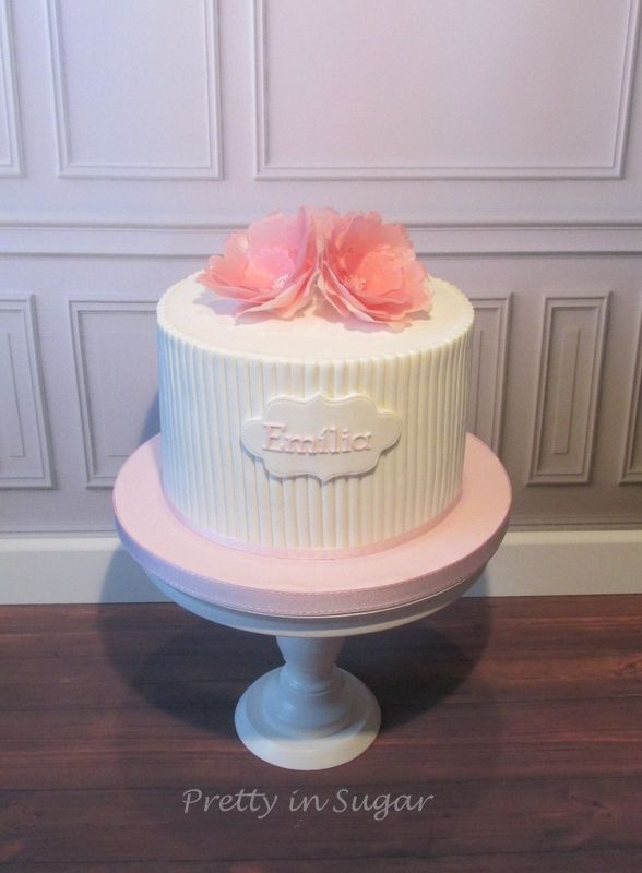 Emília´s First Communion - cake stand by Coco&Baunilha | inspired on an original design by Couture Cupcakes & Cookies