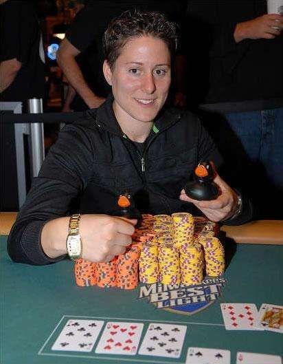 Female Poker Players | Vanessa Selbst