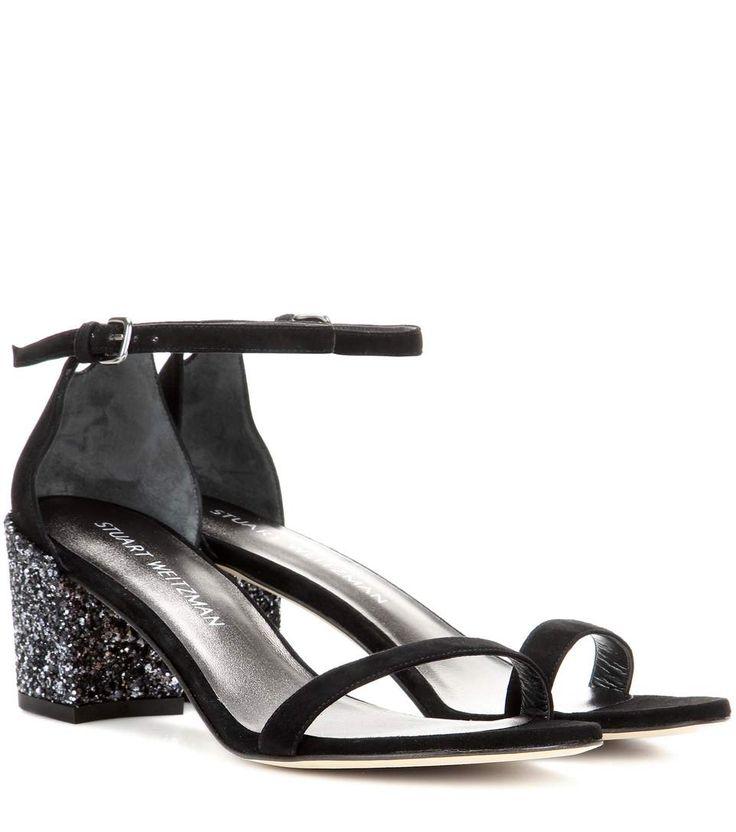 Simple Chorus black sandals