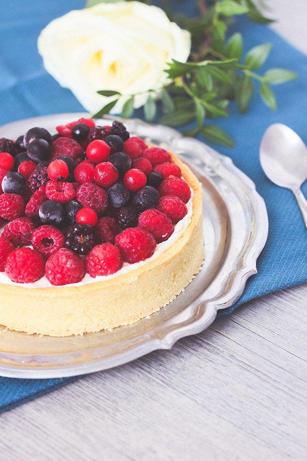 Recette tarte fruits rouges framboise chocolat blanc chantilly mascarpone, pâte sablée à l'amande - Blog lifestyle Dollyjessy