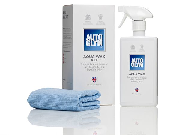 Autoglym AWKIT Aqua Wax Kit for cars contains carnauba wax for durabilityAqua Wax is for quickly topping up existing sealants and wax following a wash. It is perfect if you are in a hurry and only adds a couple of minutes to the overall washing and drying time.Aqua Wax can be applied to all