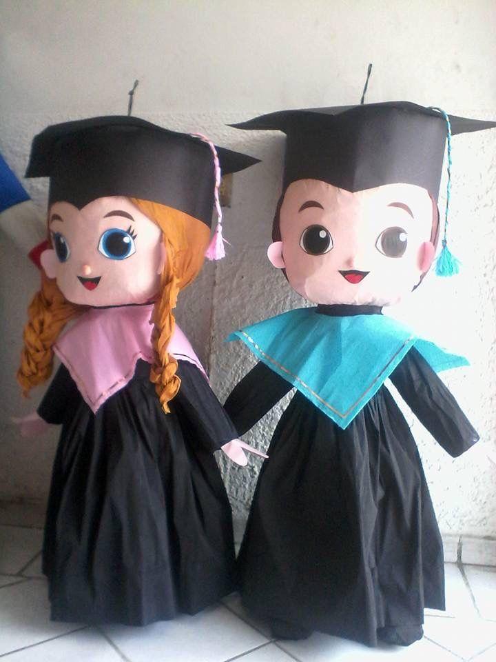 Graduación piñata.