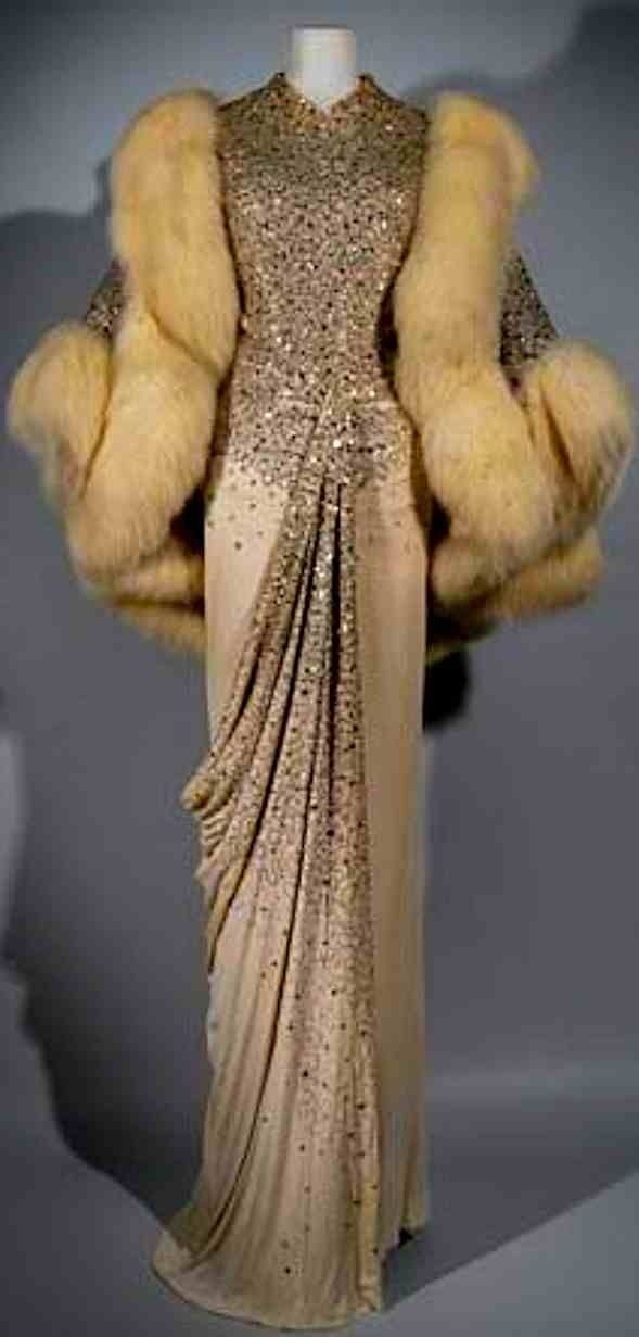 #DELORTAE AGENCY™ Classic vintage Dior, furs,... • Delortae Agency™ I Luxury Authentic Resources