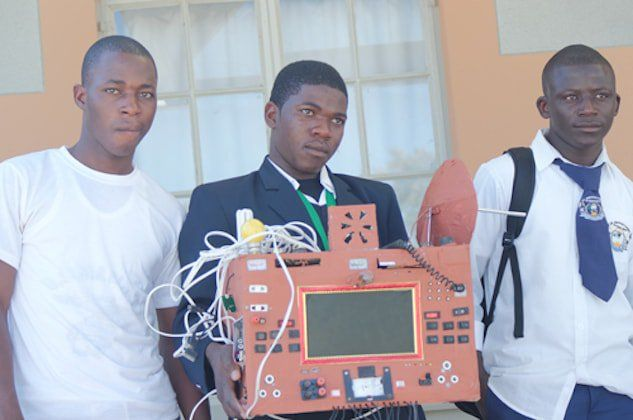 Namibian 12th Grader invents a mobile phone, with no sim-card http://thisisafrica.me/namibian-learner-invents-sim-free-mobile-phone-doesnt-use-airtime http://thisisafrica.me/namibian-learner-invents-sim-free-mobile-phone-doesnt-use-airtime