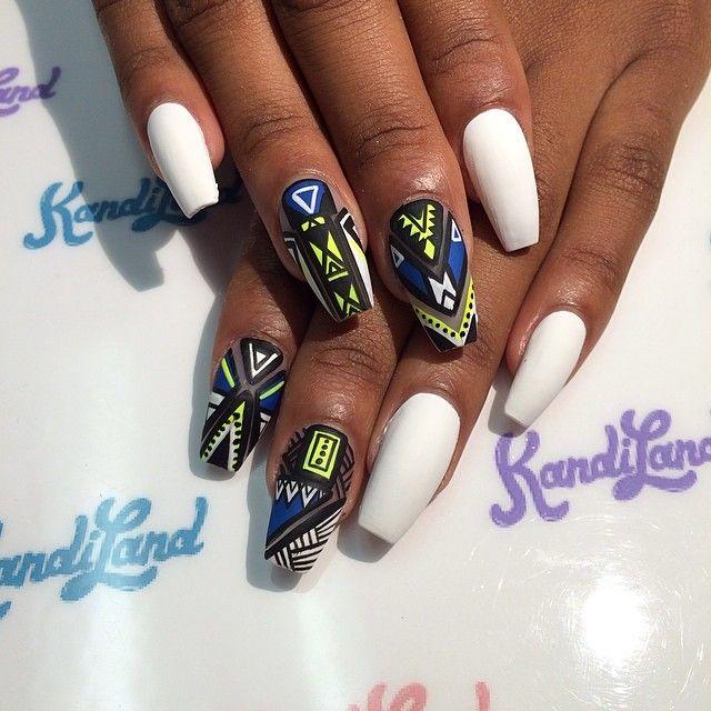 Nail Art Design Coffin : Nail designs instagram nailsbyhenryl on giraffe nails